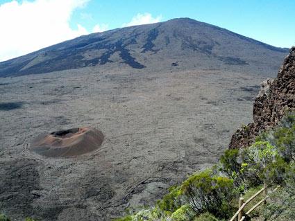 Vue sur le petit cratère
