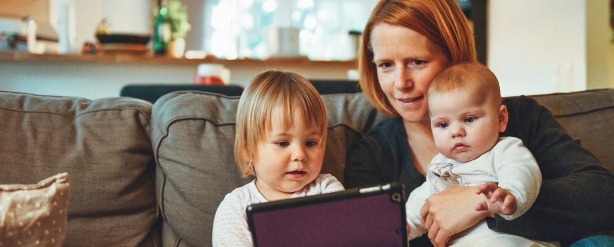Un environnement stimulant, sécurisant, enrichi : la bonne recette pour aider votre enfant
